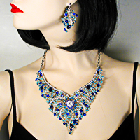 Exquisite Blue Crystal Rhinestone Bib Necklace Earrings Set