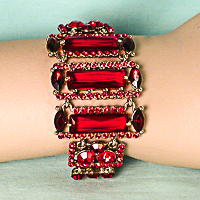 Red Rectangle Design Bracelet Gold Set in Tone Metal
